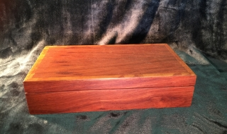 Classic Personal Box - Medium Silky Oak (Black Lining)
