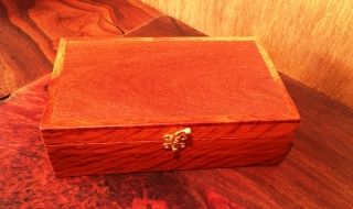 Classic Personal Box with Beefwood Lid - Burgundy Lining - Size 4 (CPB0001-1437)