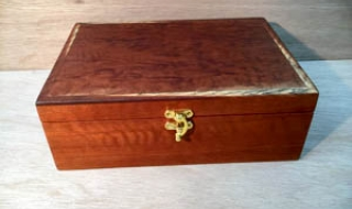 Classic Jewellery Box - Figured Jarrah Lid, Tray and Black Lining (CJBT19001-L2561)