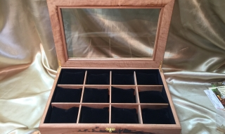 Review - Custom Made Blackbutt Watch Box CM6251 (Dec 2019)