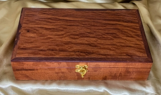 Premium Australian Sheoak Keepsake Box (Medium) - PKBM20009-L8549